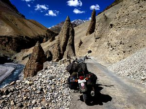 While riding through Spiti, the colours of paint that I drew on paper were seen in real ????♥️