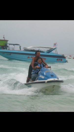 Crystal clear water@ bangkok, beautiful water sports but less than goa