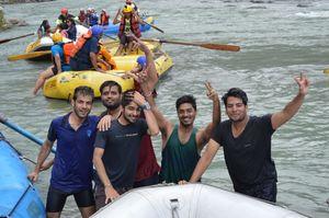 #Friendshipgoals #HimachalPradesh #Kullu #Rafting My Dream #Besties