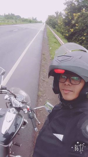 Sent this selfie to my fiancee while going on a solo adventure ride from Pune to Goa