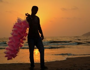 Every sunset is an opportunity to witness something magical... Don't miss it...#triptotakemetogoa