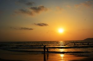 To love and Sunsets @triptocommunity #triptotakemetogoa