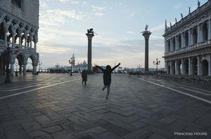 Piazza San Marco 1/2 by Tripoto