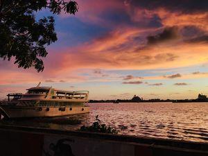Twilight scenes @ Marine drive Kochi @tripotocommunity #tripotocommunity