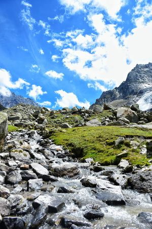 #trekkingdiaries #tripotocommunity On the way to Hampta pass.
