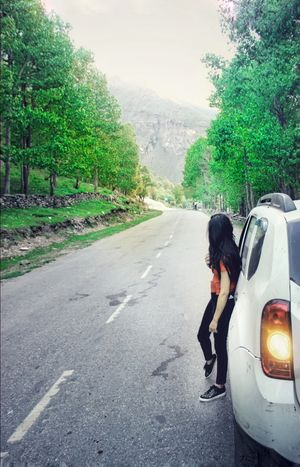 While Driving solo from Delhi to Leh Ladakh! Found this picture perfect spot@Sissu Himachal Pradesh