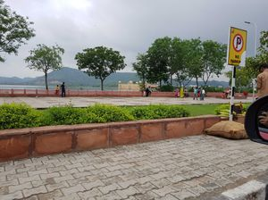 Ditch all the Forts and head up straight to Jal Mahal when in Jaipur