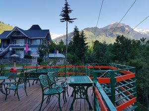 """Hotel in """"Manali""""with the best view (Solang Valley)"""