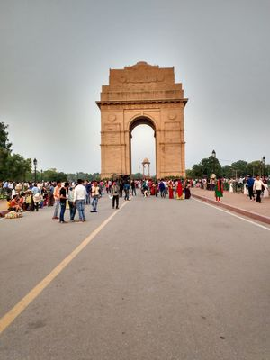 A memorial, India Gate Delhi where people love to see the place in evening time, Due to Lovely light