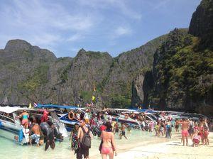 Maya Bay Krabi Thailand 1/undefined by Tripoto