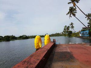 Best UnderWater Resort in Kerala,Aquatic Floating Resort[price-Rs 6500/nyt approx] #luxurygetaway
