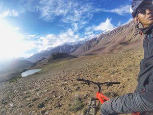 somewhere around Chandra Taal, Spiti. #SelfieWithAView #TripotoCommunity