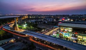 SPEND SOME TIME IN INDIA'S DIAMOND AND TEXTILE CITY - SURAT (Part-1)