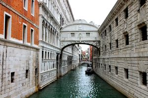 Bridge of Sighs 1/undefined by Tripoto