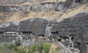 Hidden Gems Of Uttarakhnd : Patal Bhuvaneshvar Cave Temple