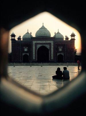 Taj Mahal 1/undefined by Tripoto