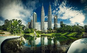 Asian Discoveries : Kuala Lumpur Singapore