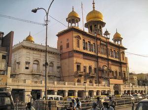 Gurudwara Sis Ganj Sahib 1/2 by Tripoto