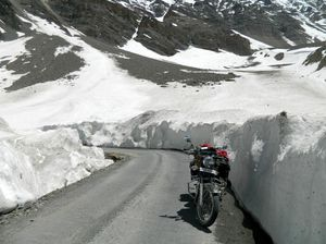 Baralacha Pass 1/undefined by Tripoto