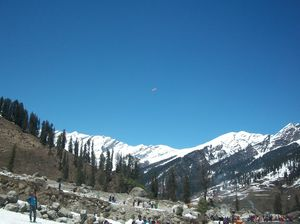 Ecstasy Excursion to the land of Snow : Manali