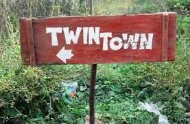Mysterious Village Twin Town - Only twins are born here
