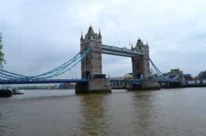 Tower Bridge 1/9 by Tripoto