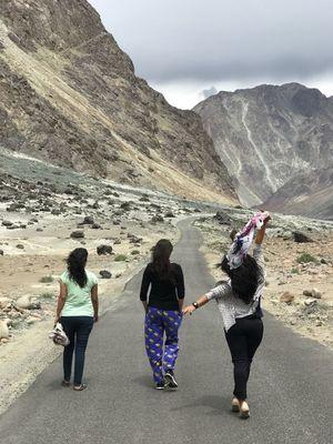 Circuit trip Manali-Leh-Srinagar