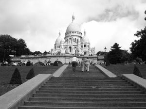 Sacred Heart Basilica of Montmartre (Sacre-Coeur) 1/undefined by Tripoto