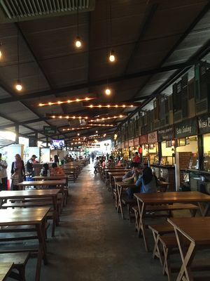 Paskal Hypersquare Food Court 1/1 by Tripoto