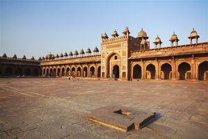 Agar - Beyond the Taj !!...