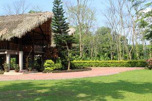 Singpho Eco Lodge.