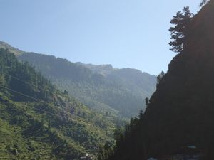 Bits of Enlightenment - Hiking to Kheer Ganga
