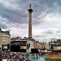 Trafalgar Square 2/3 by Tripoto
