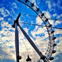 The London Eye 5/20 by Tripoto