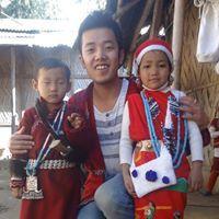 Tani Siga Travel Blogger