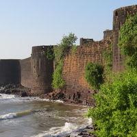 Kunkeshwar Beach 4/17 by Tripoto