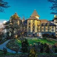 Wildflower Hall 4/5 by Tripoto