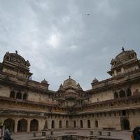 Jahangir Mahal 3/6 by Tripoto