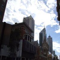 Perth Town Hall 2/2 by Tripoto