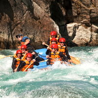 Queenstown Rafting 2/3 by Tripoto