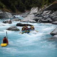 Queenstown Rafting 3/3 by Tripoto