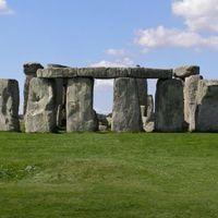 Stonehenge 5/17 by Tripoto