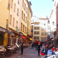 Vieux Lyon 3/6 by Tripoto