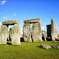 Stonehenge 2/17 by Tripoto