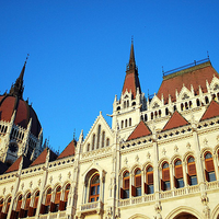 Hungarian Parliament Building 2/5 by Tripoto
