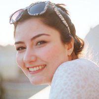 Sezen Sayoglu Travel Blogger