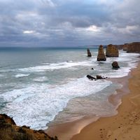 Port Campbell National Park 2/3 by Tripoto