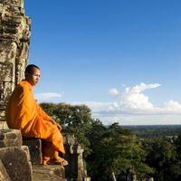 Angkor Wat 3/3 by Tripoto