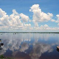 Tonle Sap Lake 2/3 by Tripoto