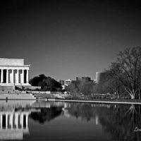 Lincoln Memorial 2/3 by Tripoto